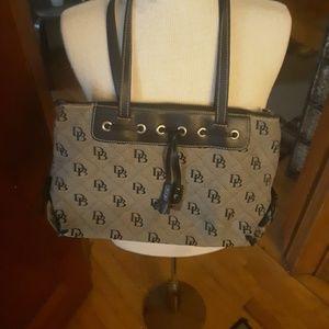 Dooney & Bourke purse...